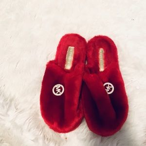 Michael Kors Slippers!
